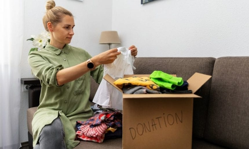 Donating Clothes: The Dos and Don'ts